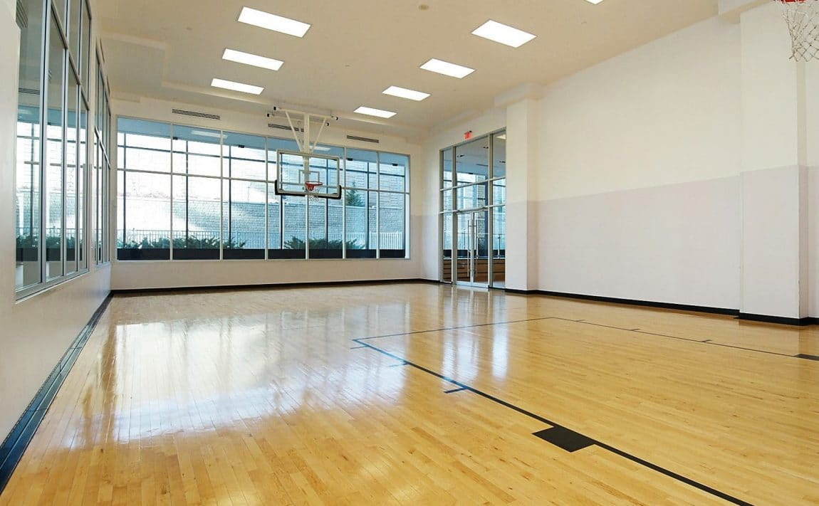 90-park-lawn-rd-88-park-lawn-rd-south-beach-condos-and-lofts-gym-fitness-health-cardio-basketball-court-fullsize-basketball-co
