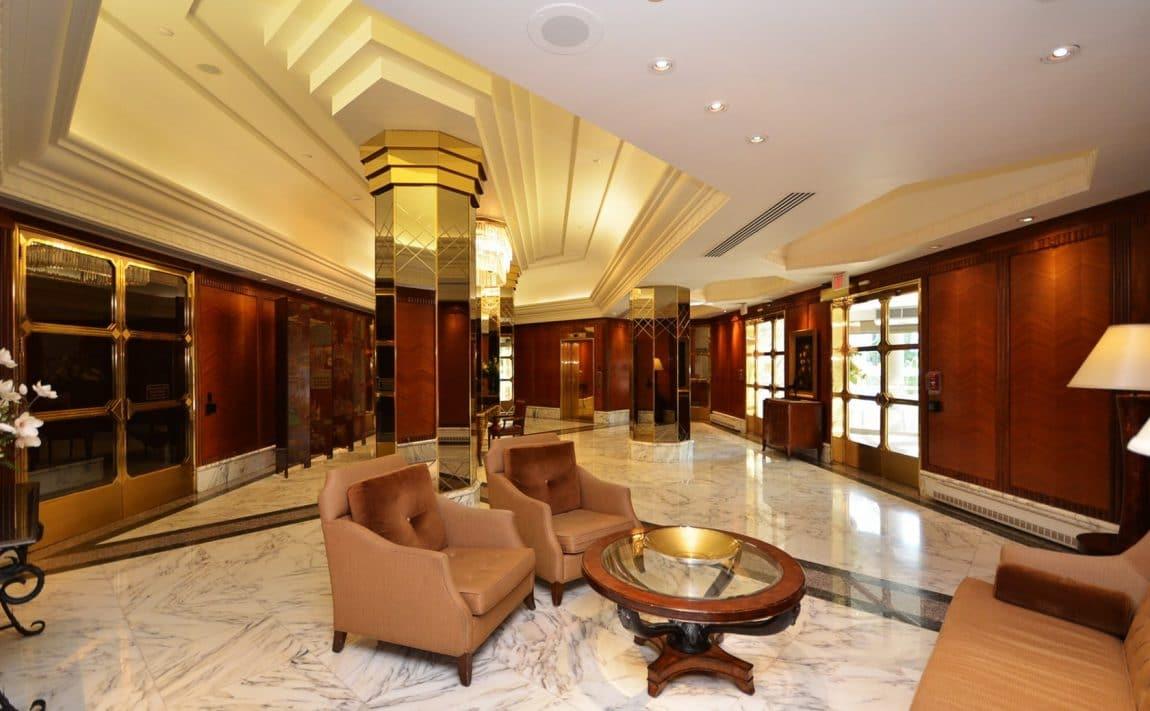 palace-place-condo-1-palace-pier-crt-toronto-park-lawn-condos-etobicoke-condos-1-palace-pier-court-humber-bay-condos-entrance-re (3)