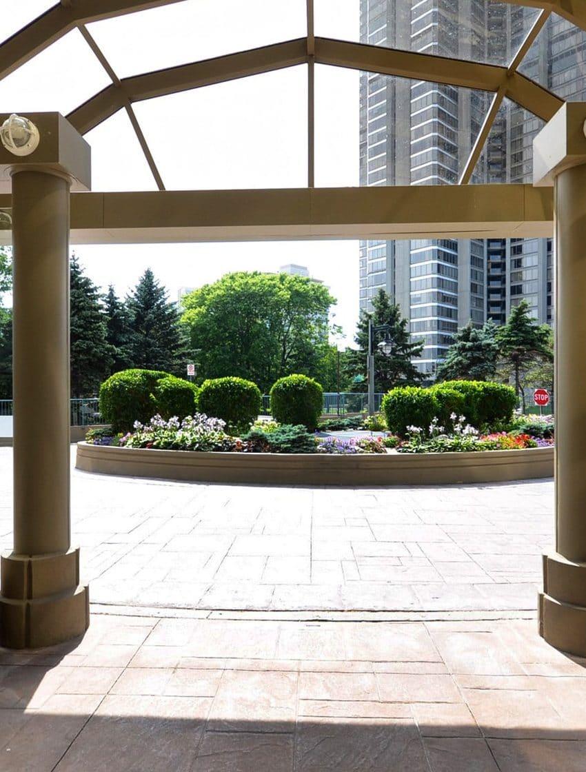 palace-place-condo-1-palace-pier-crt-toronto-park-lawn-condos-etobicoke-condos-1-palace-pier-court-humber-bay-condos-entrance-recept
