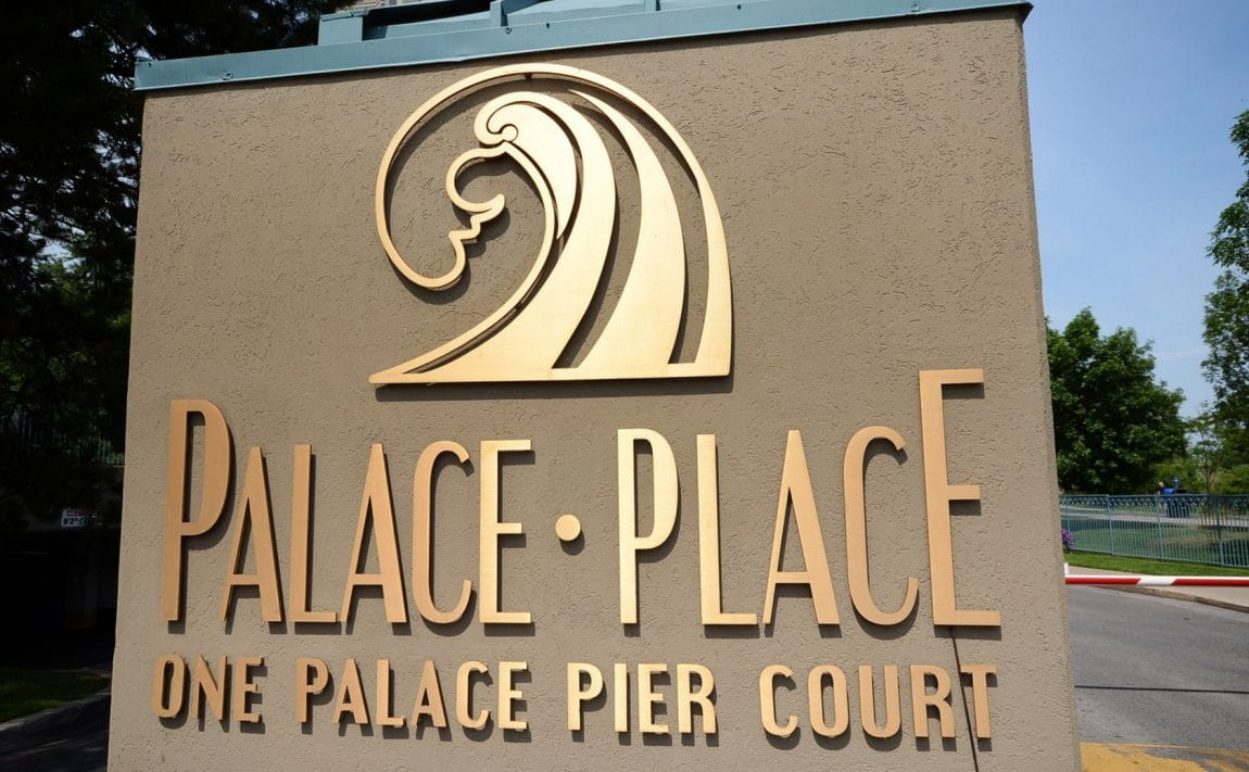 palace-place-condo-1-palace-pier-crt-toronto-park-lawn-condos-etobicoke-condos