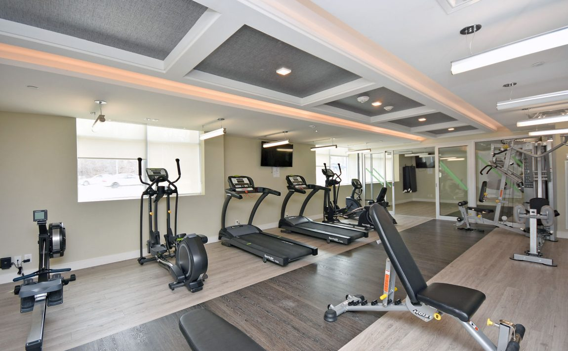 1575-lakeshore-rd-w-craftsman-condos-for-sale-gym