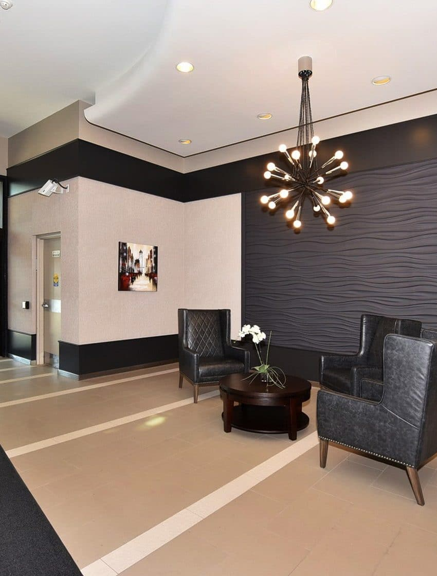 250-manitoba-st-toronto-warehouse-lofts-mystic-pointe-etobicoke-condos-mimico-condos-humber-bay-condos-etobicoke-lofts-foyer