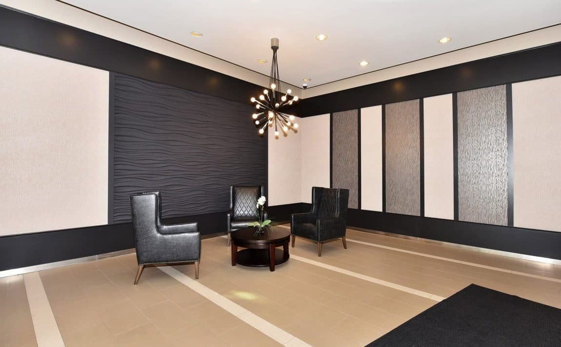 250-manitoba-st-toronto-warehouse-lofts-mystic-pointe-etobicoke-condos-mimico-condos-humber-bay-condos-etobicoke-lofts-foyer-lobby-rec