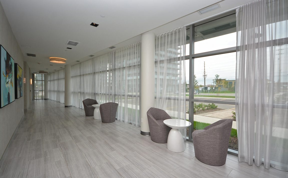 4655-glen-erin-dr-condos-downtown-erin-mills-amenities-3