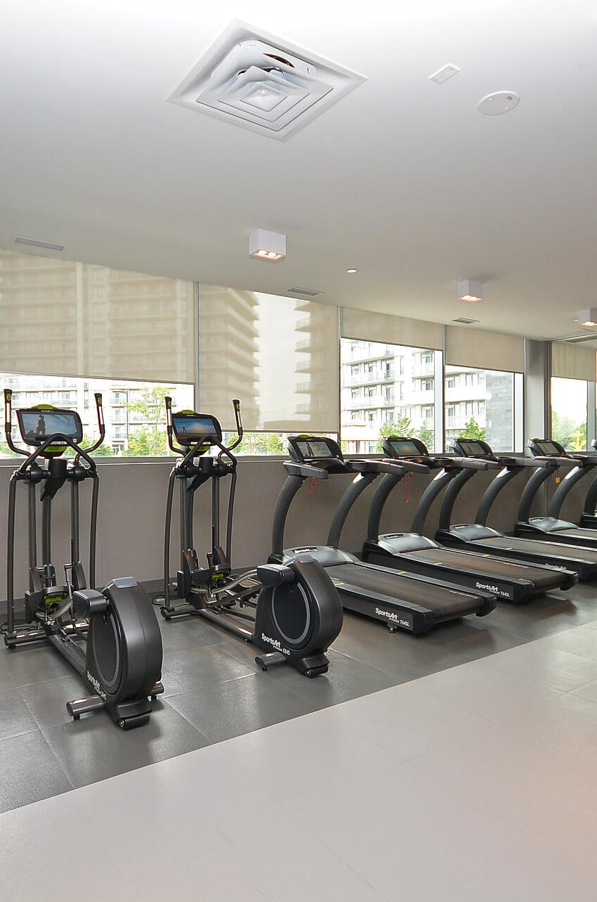 4655-glen-erin-dr-condos-downtown-erin-mills-gym