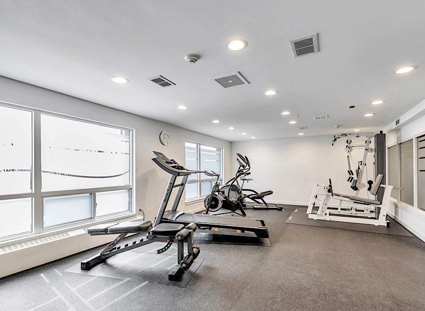 50-port-st-e-mississauga-port-credit-condos-for-sale-gym