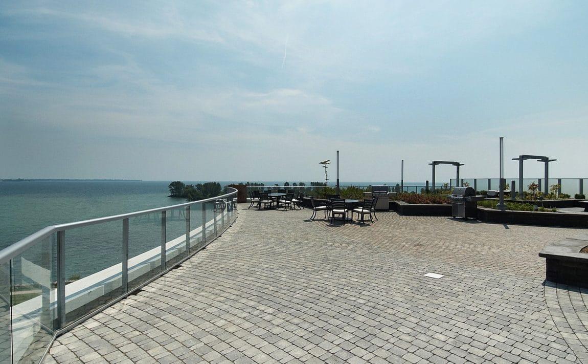 80-marine-parade-dr-waterscapes-condo-park-lawn-condos-etobicoke-condos-humber-bay-condos-lakeshore-condos-outdoor-terrace-b