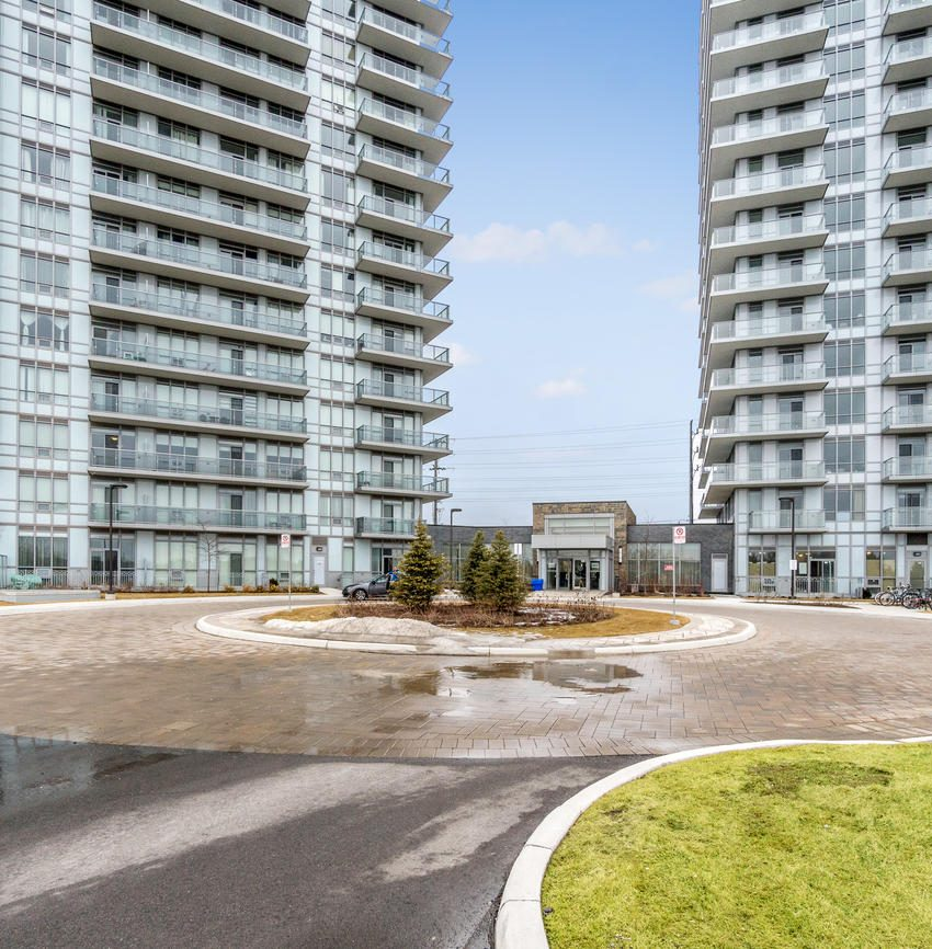 Downtown Erin Mills-4633 Glen Erin Dr2