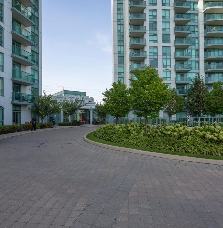 Nouvelle - 4850 Glen Erin Dr - Exterior View 4