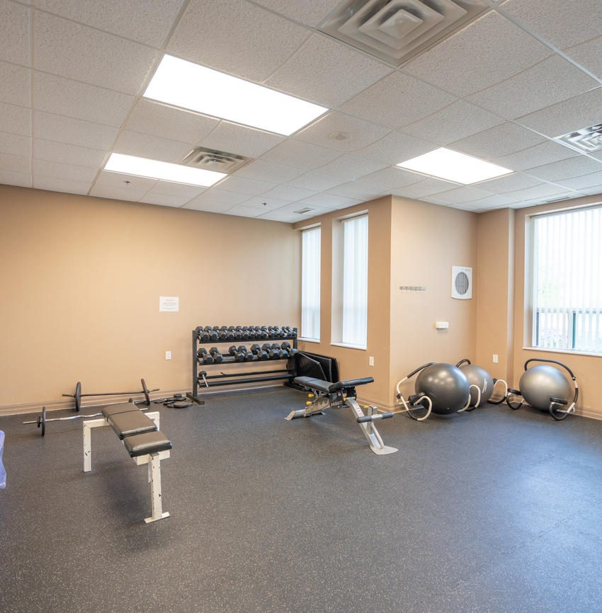 Nouvelle - 4850 Glen Erin Dr - Gym