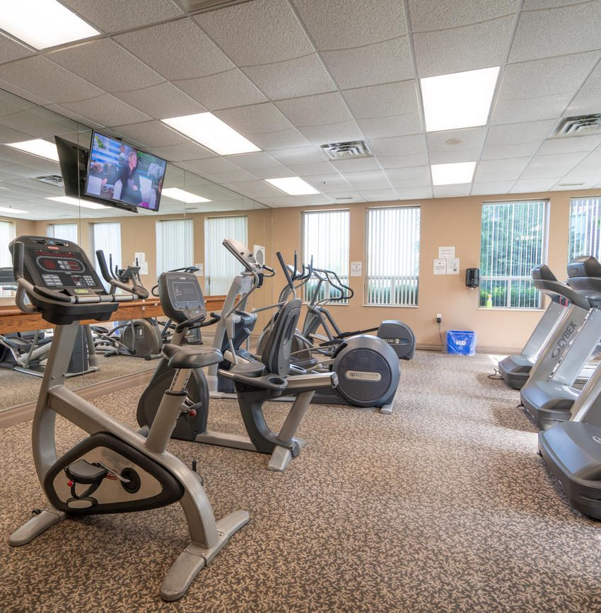 Nouvelle - 4850 Glen Erin Dr - Gym View 3