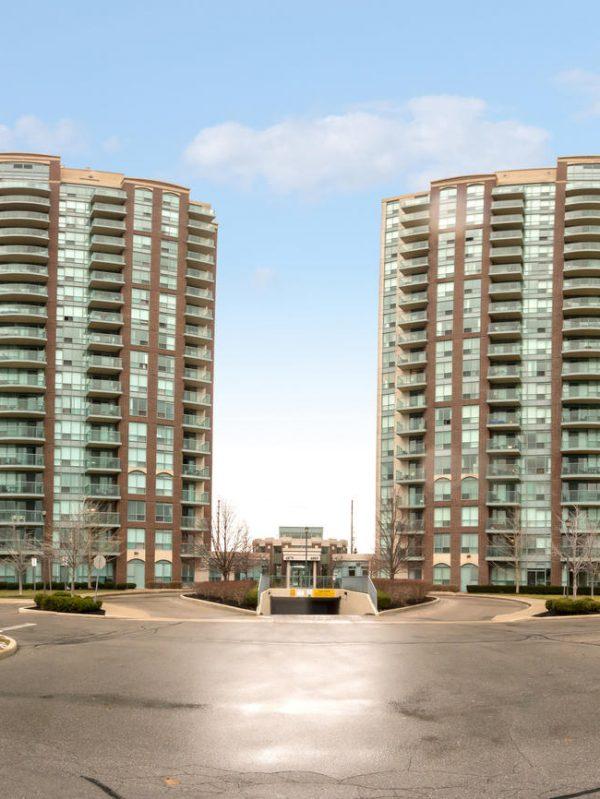 Papillon Place II - 4889 Kimbermount Ave - Exterior