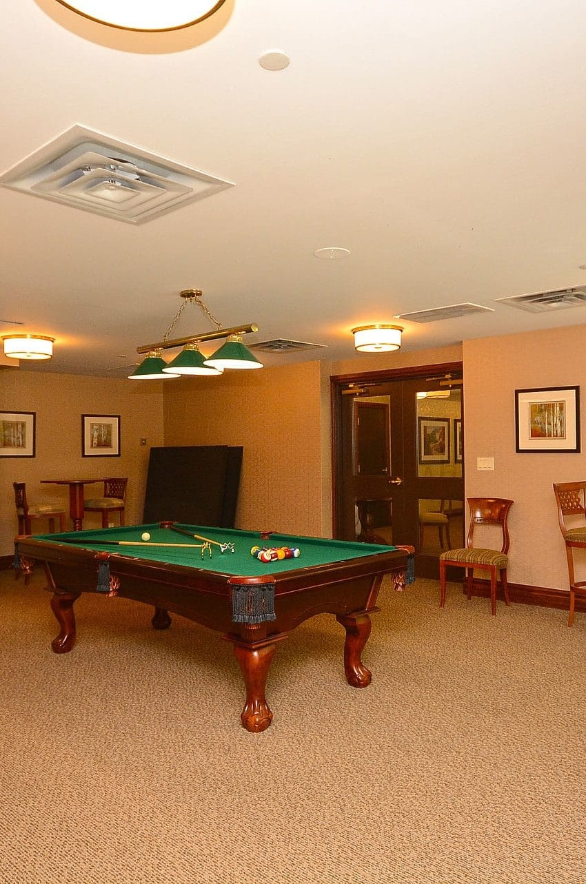 Parkway Place III - 2585 Erin Centre Blvd - Billiard