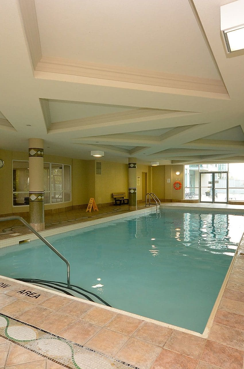 Parkway Place III - 2585 Erin Centre Blvd - Indoor Pool