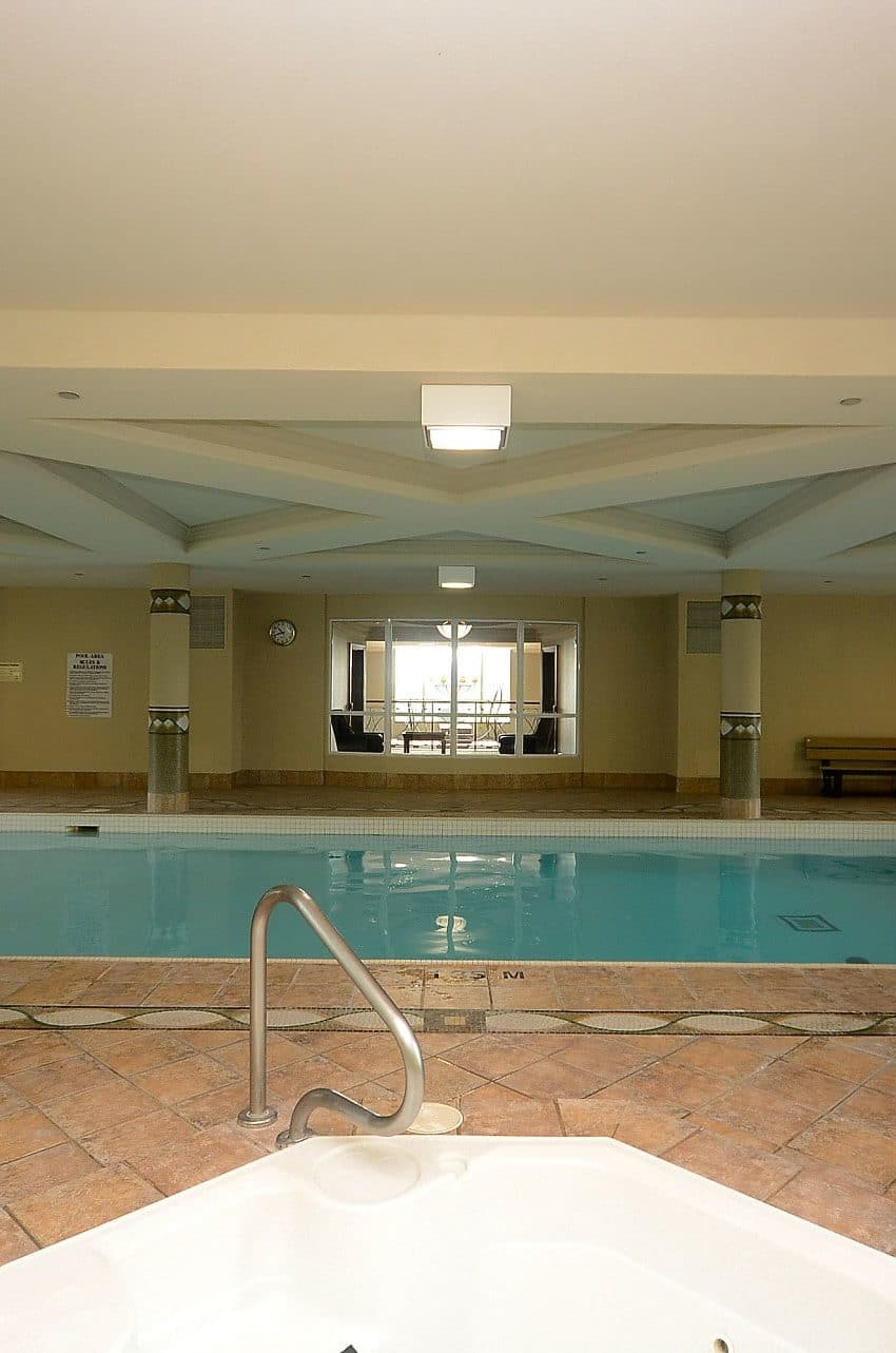 Parkway Place III - 2585 Erin Centre Blvd - Indoor Pool View 3