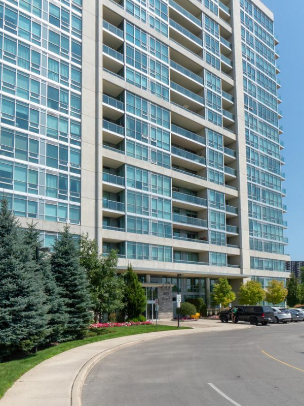 Stonebrook Condominiums-1055 Southdown Rd-Exterior