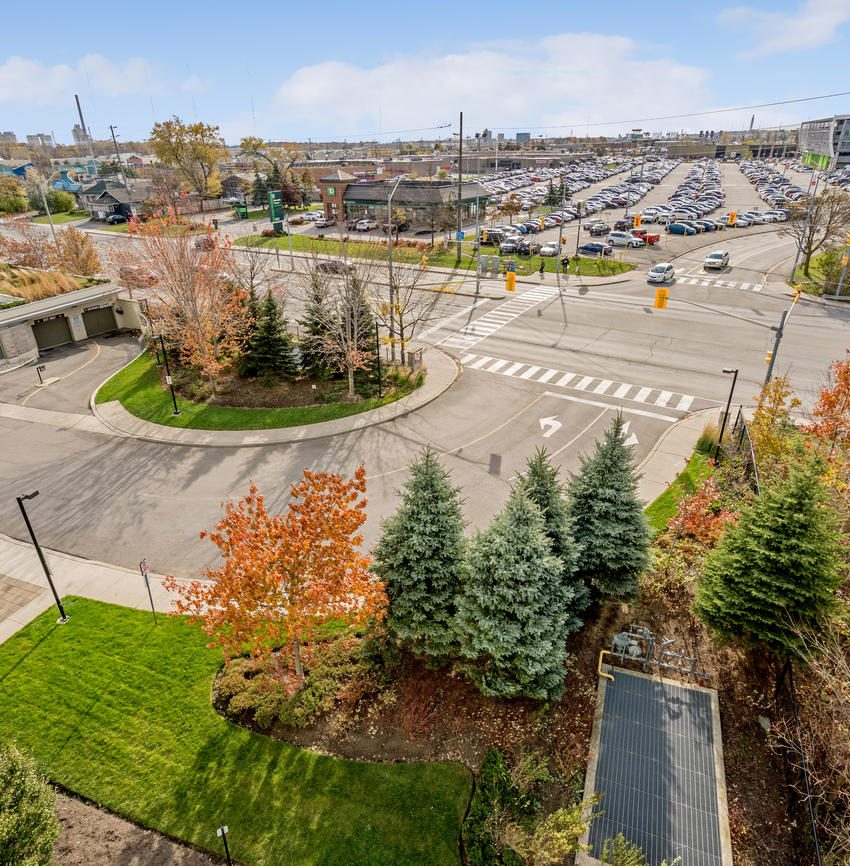 Stonebrook Condominiums-1055 Southdown Rd-Parking