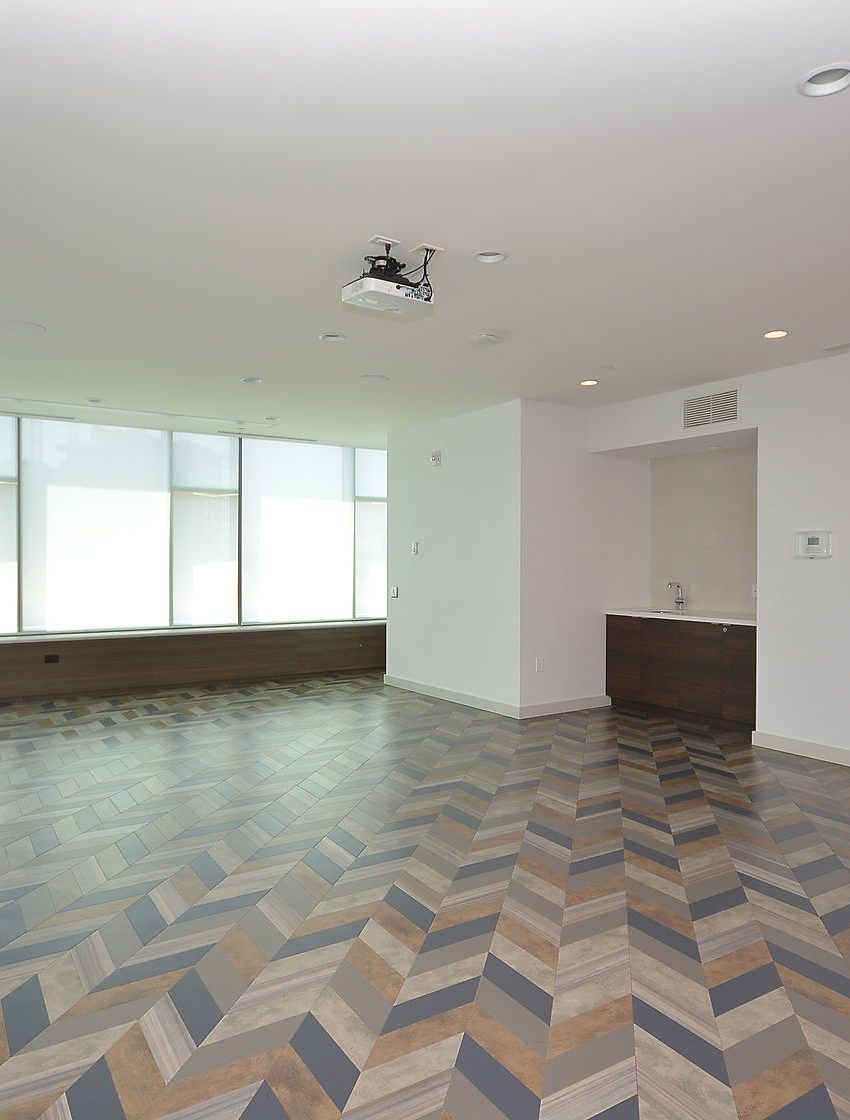 West Tower - 2560 Eglinton Ave W - Hallroom
