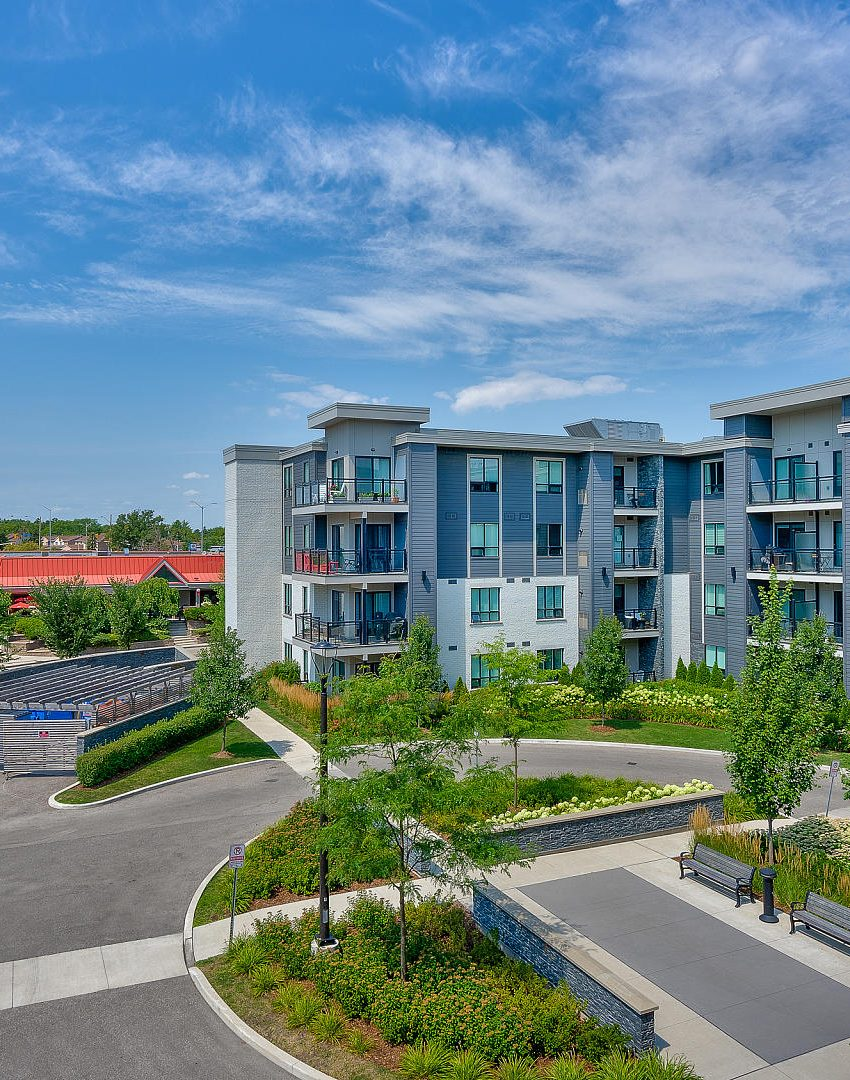Windows On The Green - 3170 Erin Mills Pkwy - Balcony View 3