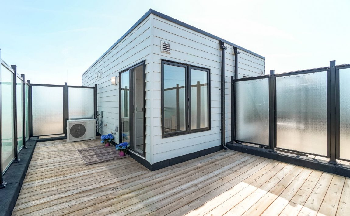 southdown-towns-bromsgrove-rd-clarkson-townhomes-rooftop-terrace-outdoor