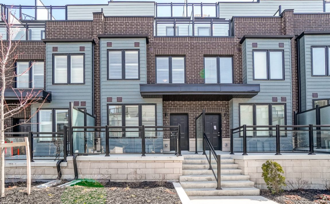 southdown-towns-bromsgrove-rd-mississauga-clarkson-townhomes-for-sale