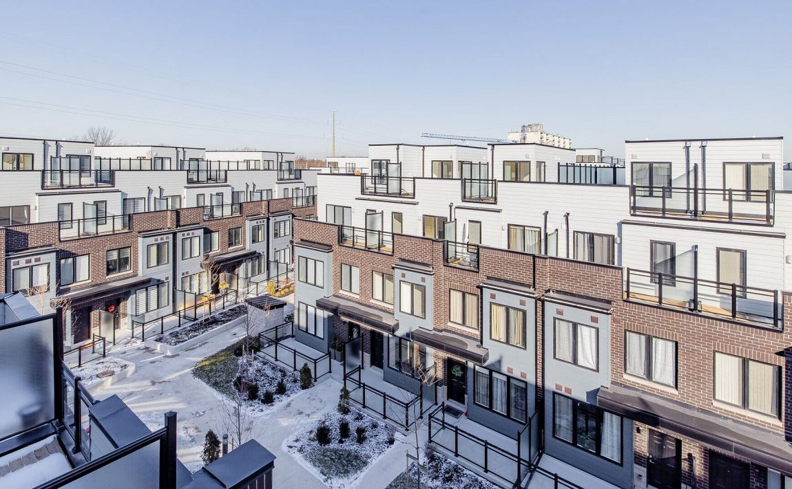 southdown-towns-stroud-lane-clarkson-townhomes