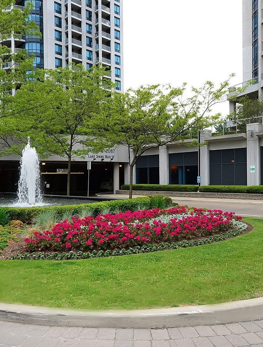waterford-towers-condos-2083-lakeshore-2087-lakeshore-2095-lakeshore-park-lawn-condos- (6)