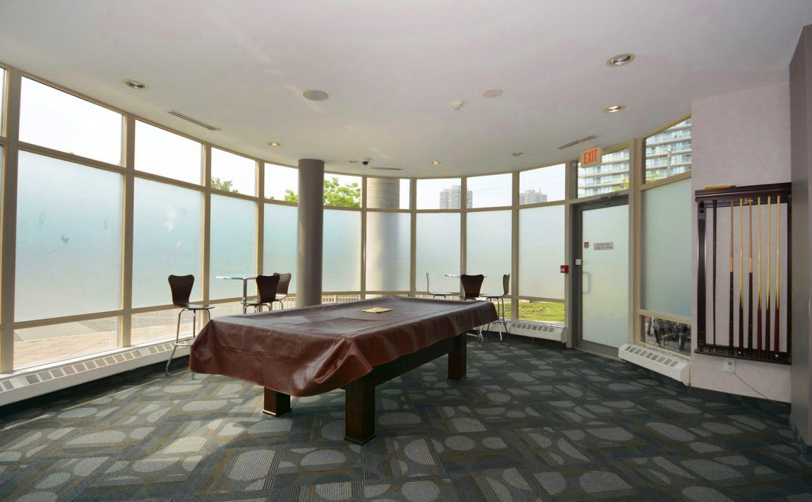 windermere-by-the-lake-condo-15-windermere-ave-toronto-etobicoke-condos-mimico-condos-toronto-condos-humber-bay-condos-billiards
