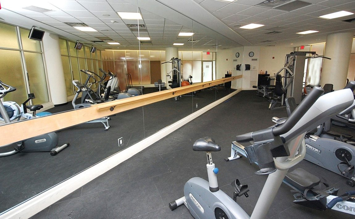 windermere-by-the-lake-condo-15-windermere-ave-toronto-etobicoke-condos-mimico-condos-toronto-condos-humber-bay-condos-health-g (1)