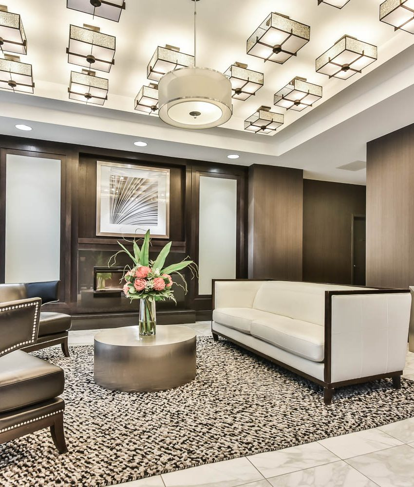 125-western-battery-rd-condos-for-sale-toronto-lobby