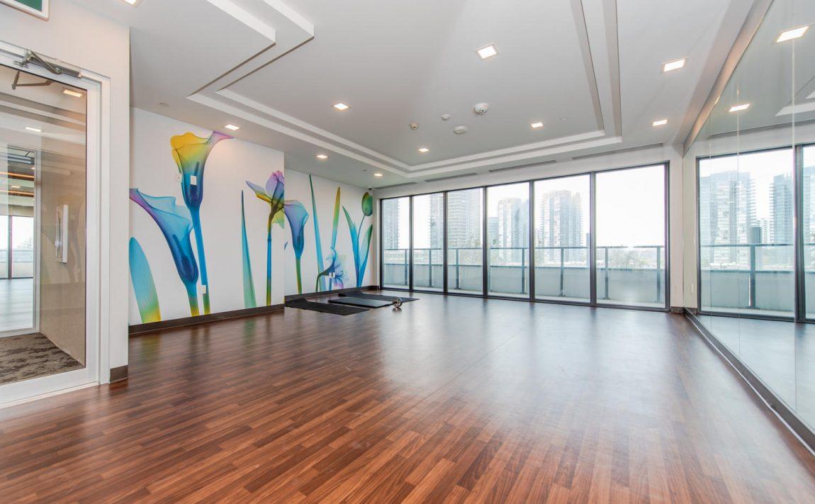 20-shore-breeze-dr-30-shore-breeze-dr-eau-du-soleil-condos-yoga-studio