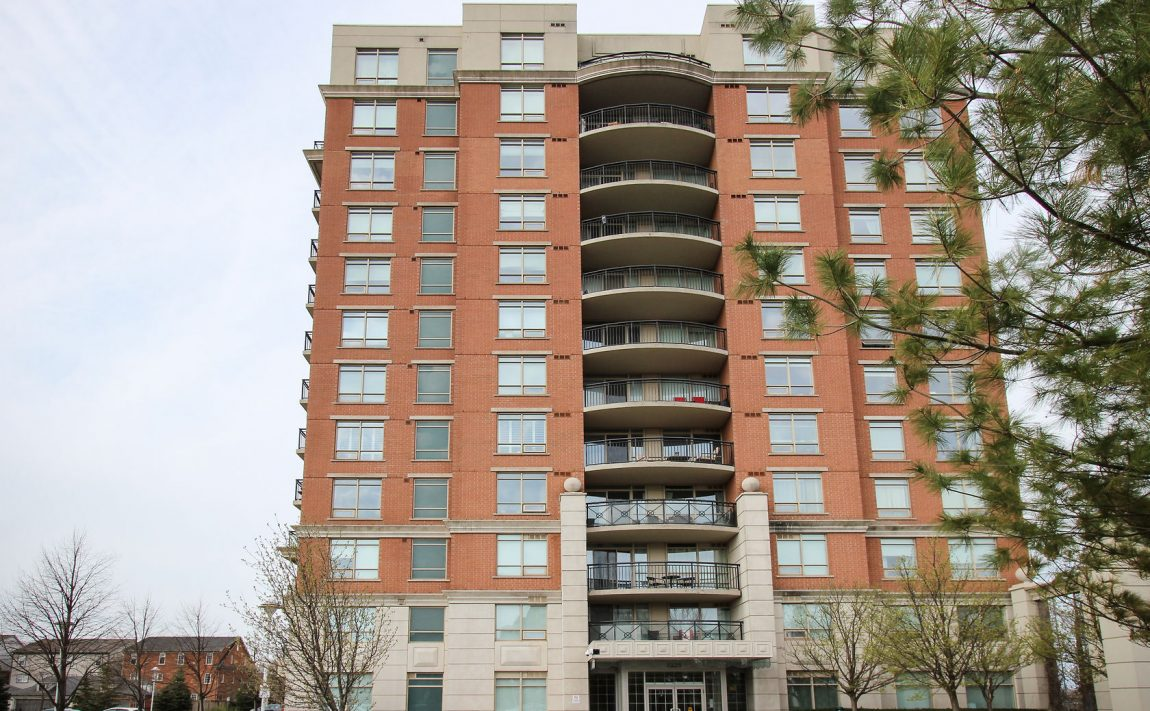 2325-central-park-dr-oakville-condos-for-sale-one-oak-park-ii-condos