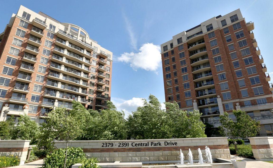 2391-central-park-dr-oakville-condos-for-sale-courtyard-residences-condos