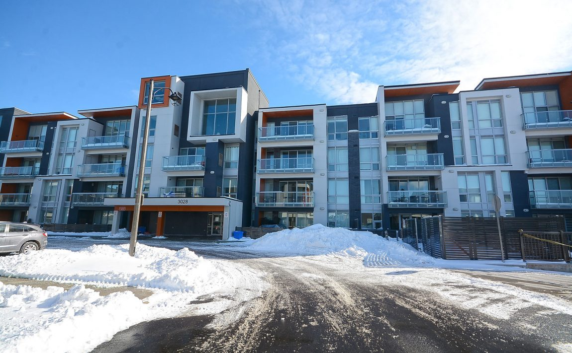 3028-creekshore-commons-oakville-condos-for-sale-area-3