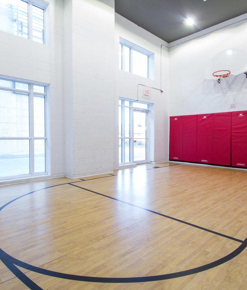 5-hanna-ave-toronto-lofts-for-sale-liberty-market-lofts-amenities-basketball