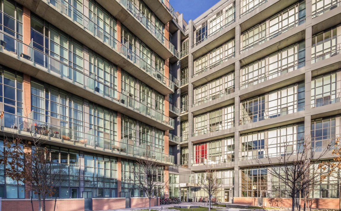 5-hanna-ave-toronto-lofts-for-sale-liberty-market-lofts-exterior