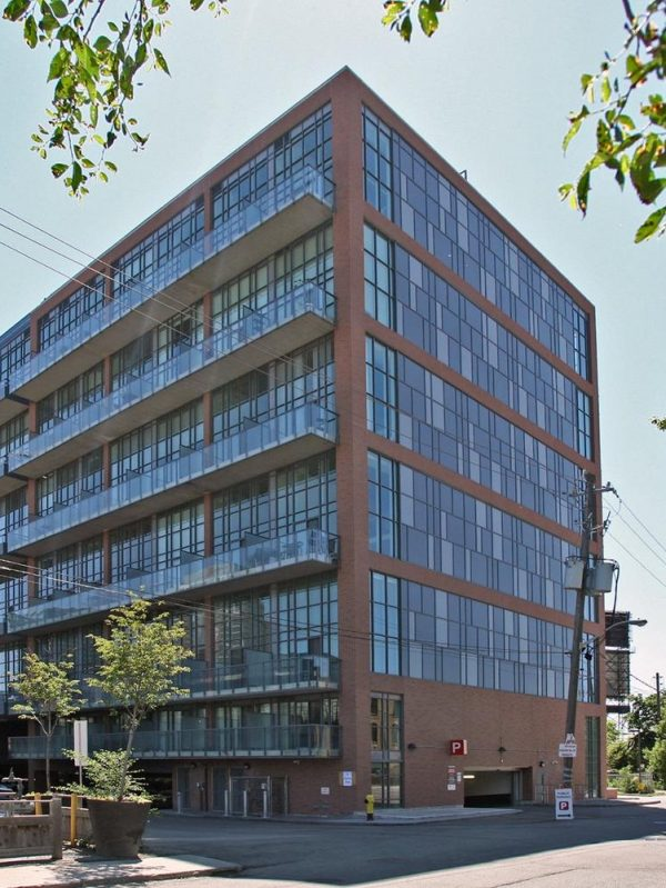 5-hanna-ave-toronto-lofts-for-sale-liberty-market-lofts-liberty-village-lofts