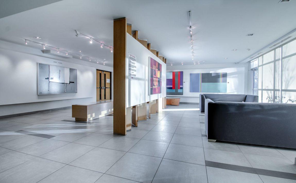 5-hanna-ave-toronto-lofts-for-sale-liberty-market-lofts-lobby