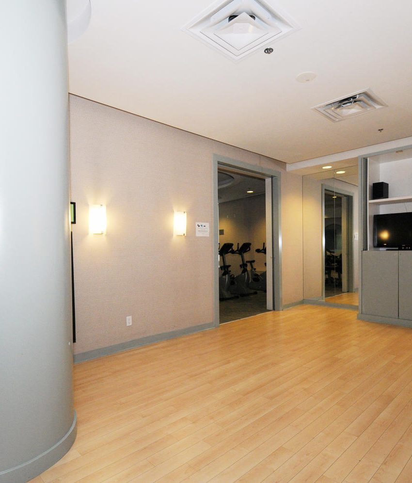 50-lynn-williams-st-condos-liberty-village-condos-toronto-yoga-studio