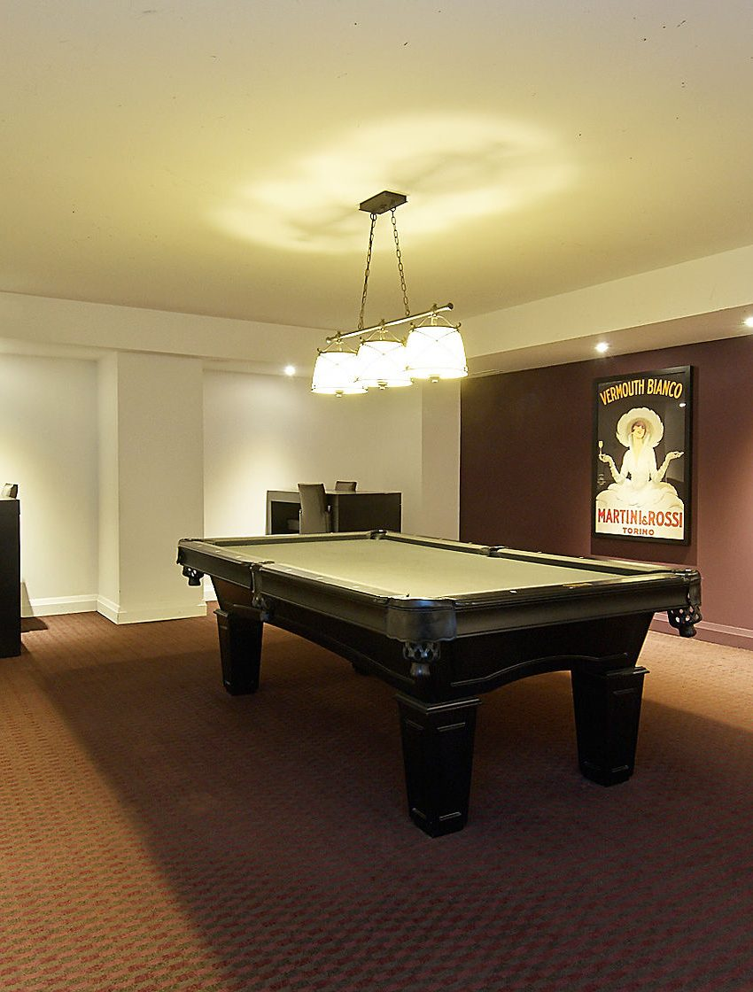65-75-85-east-liberty-st-condos-toronto-liberty-village-amenities-billiards