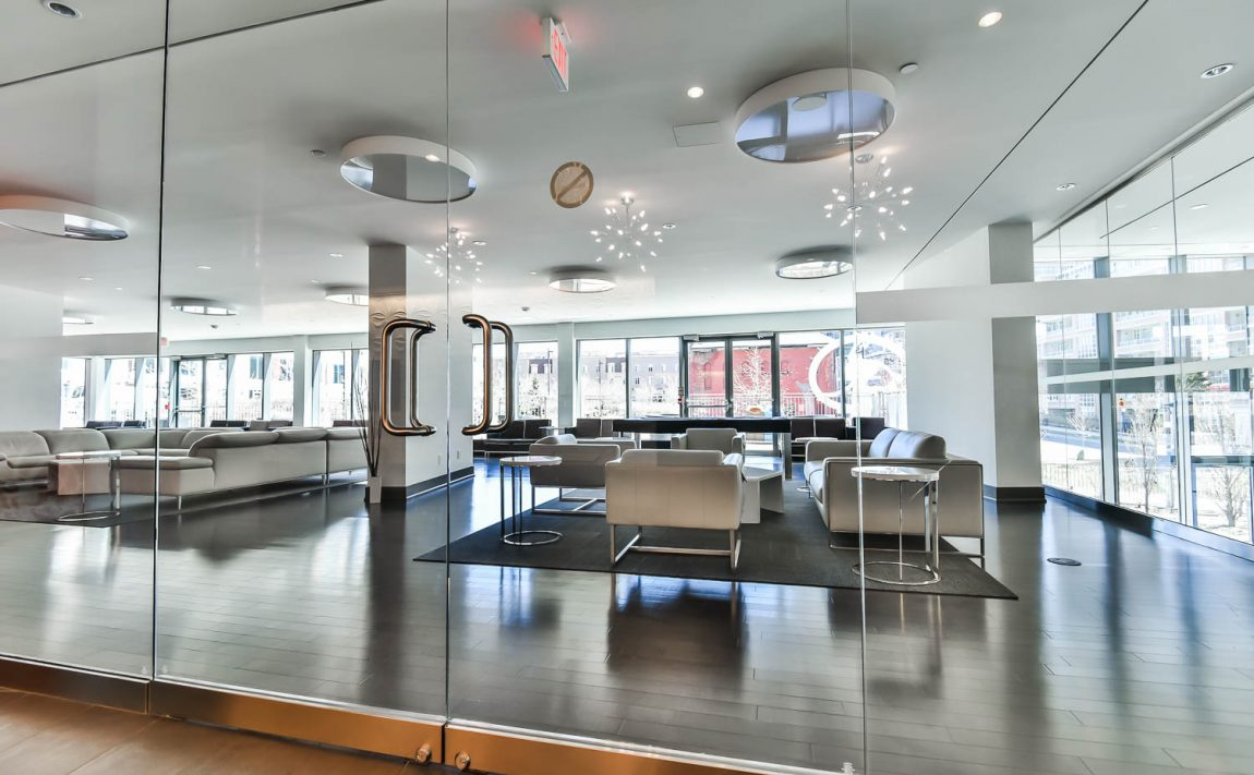 69-lynn-williams-st-condos-liberty-on-the-park-liberty-village-condos-toronto-party-room