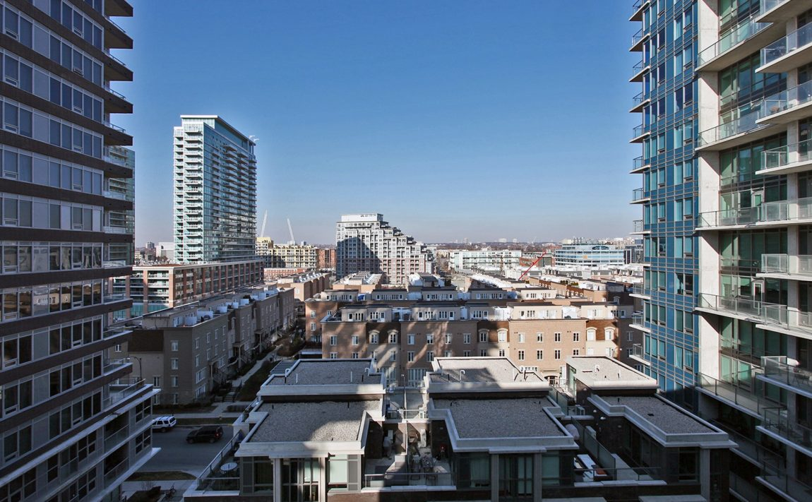 Bliss Condos-55 East Liberty St-View