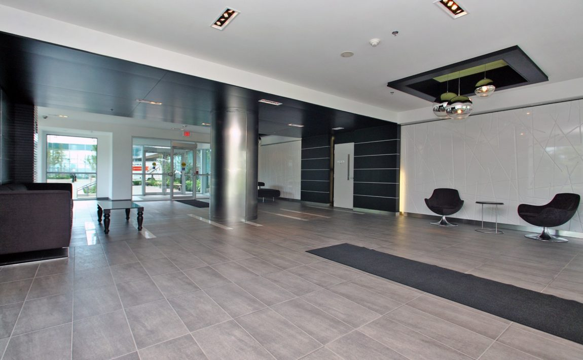 Vibe at Liberty Village-100 Western Battery Rd-Lobby