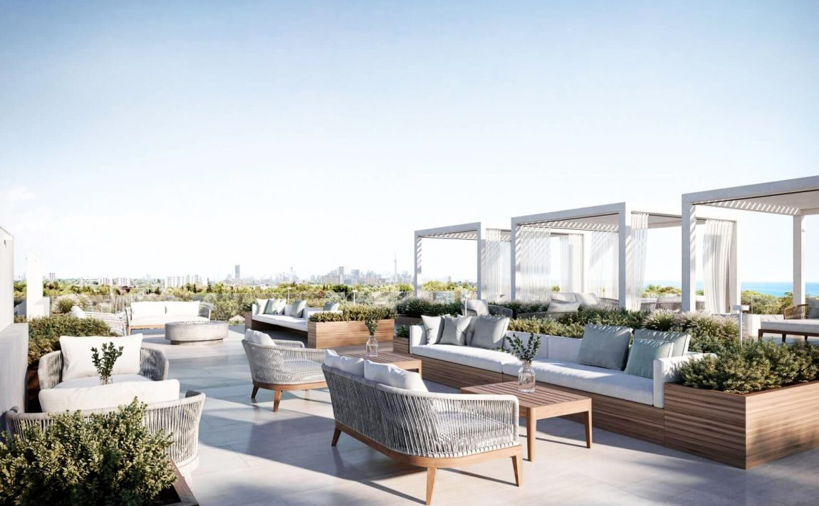 westport-condos-28-ann-st-port-credit-mississauga-terrace-toronto-skyline
