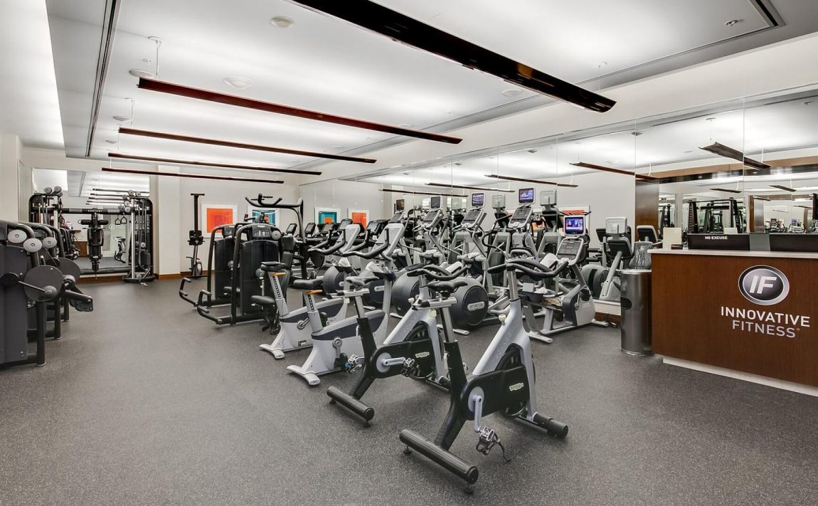 183-wellington-st-w-ritz-carlton-condos-for-sale-toronto-gym-fitness