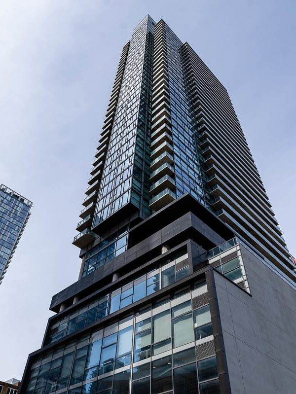 290-adelaide-st-w-toronto-bond-condos-for-sale