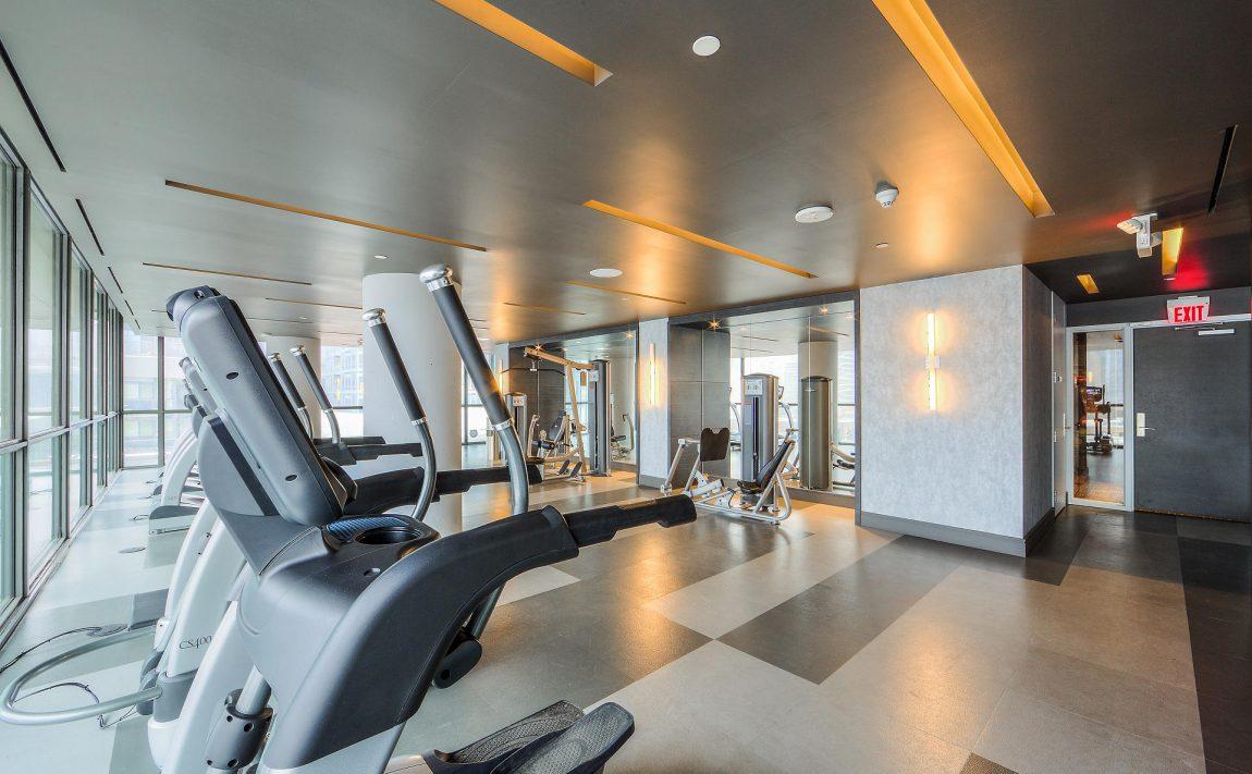 290-adelaide-st-w-toronto-bond-condos-for-sale-amenities-gym