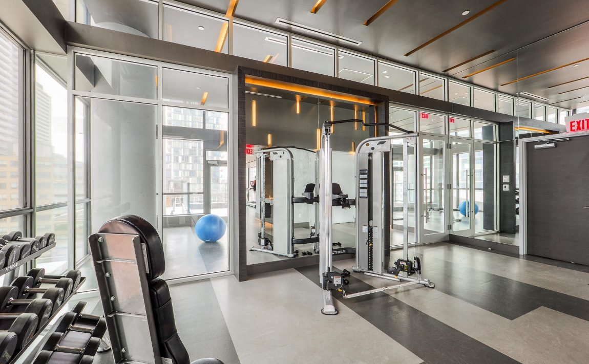 290-adelaide-st-w-toronto-bond-condos-for-sale-amenities-gym-fitness
