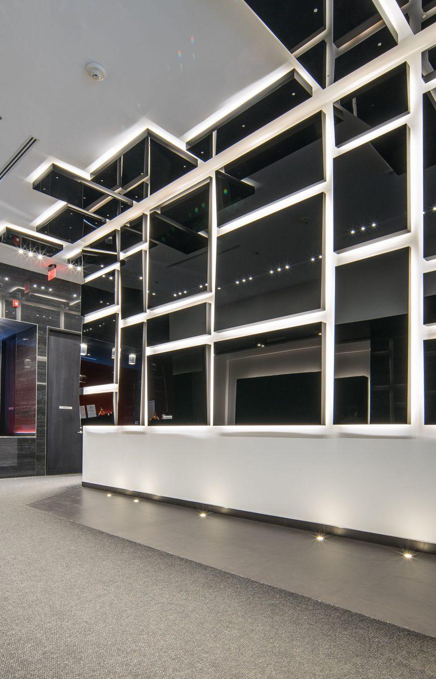 318-richmond-st-w-picasso-on-richmond-condos-king-west-lobby