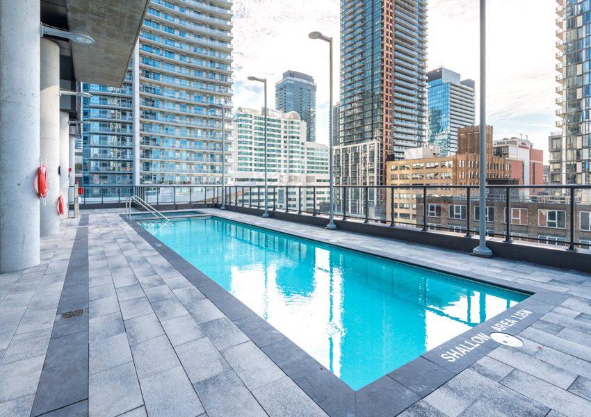 The Bond Condos-290 Adelaide St W-Pool